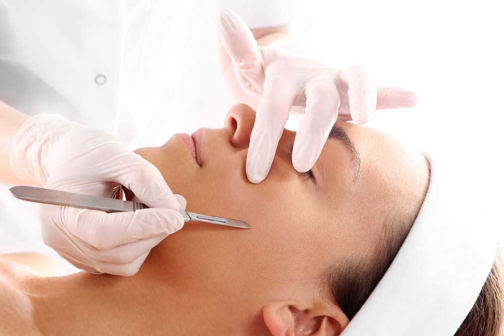 What is Dermaplaining? It's more than just Shaving your Face!